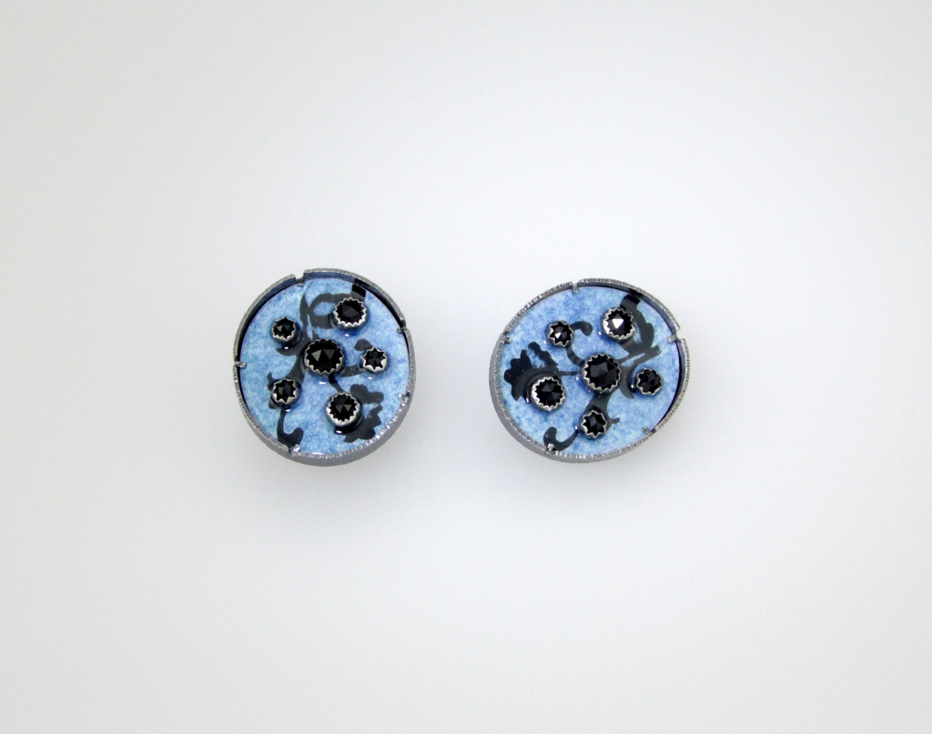 Seidenath_Earrings_BlackSpinel