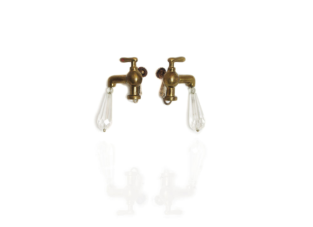 HeshL_Earrings_Faucet_Front_w.jpg