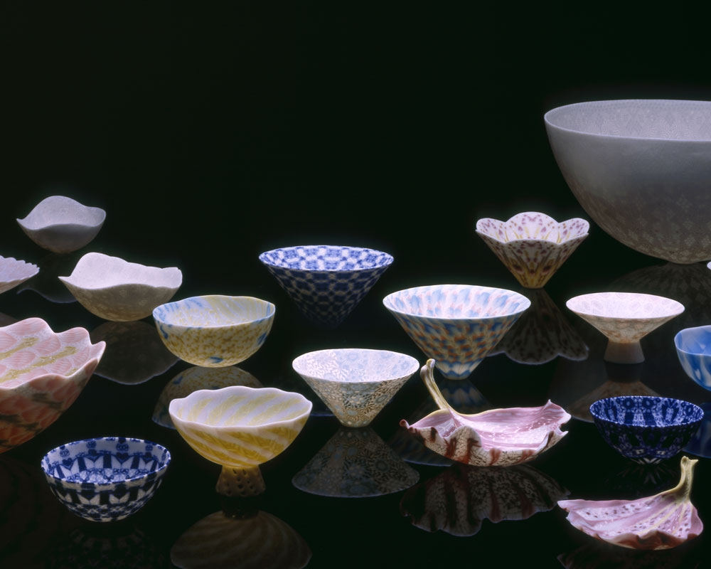 Collectionofcupsandbowls