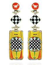 http://www.mobilia-gallery.com/wp-content/uploads/2017/09/thumb_DeniseBarr_DuckXing_Earrings-copy.jpg